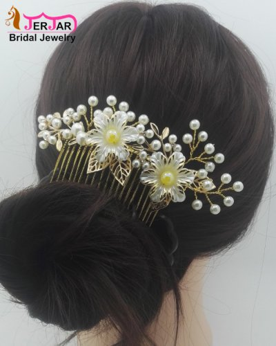 Luxury Wedding Bridal Hair Combs Elegant Women Pearls Hair Jewelry Bridesmaid Golden Headpiece Party Prom Ornament Hair Accessories