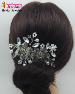 Fashion Bride Hair Jewelry Luxury Wedding Bridal Hair Combs Silver Headpiece Headwear Party Crystals Hair Ornaments Accessories